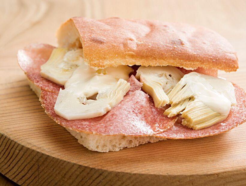 Focaccia con salame Speziale Levoni